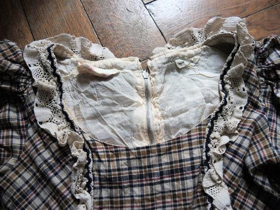Vintage checked prairie maxi dress with leg of mu… - image 8