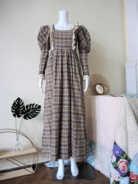 Vintage checked prairie maxi dress with leg of mu… - image 4