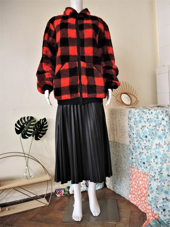 Vintage red and black check checkerboard teddy zip