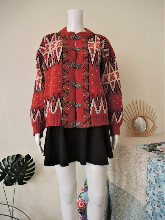 70s Vintage Norwegian Cardigan Black White Red Nordic Pattern Norway Folk Jacket Pure New Wool Sweater Knitted Cardigan Size Women M Large