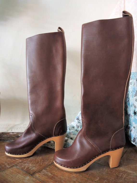 Swedish Hasbeens leather clog boots