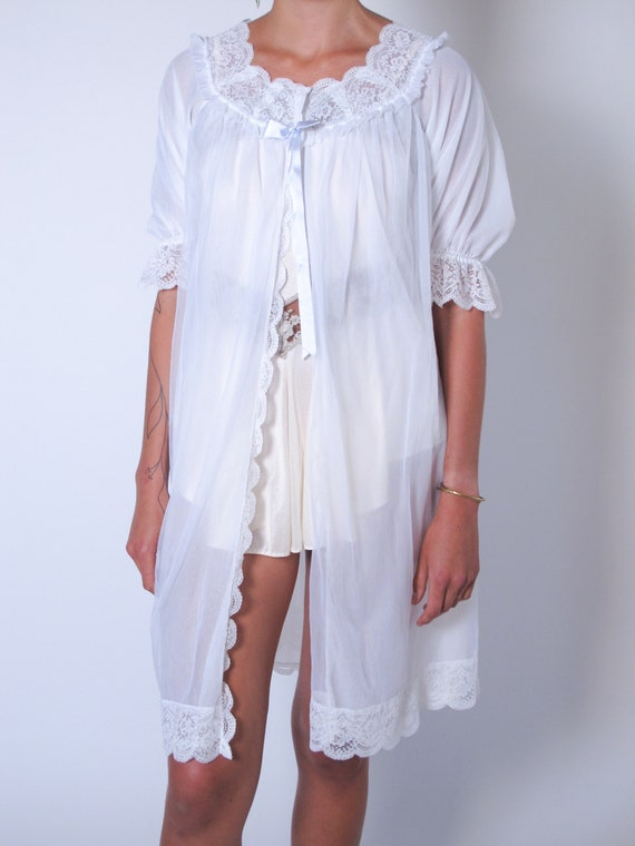 1960's White Lace Robe, sheer robe, 1960's house d