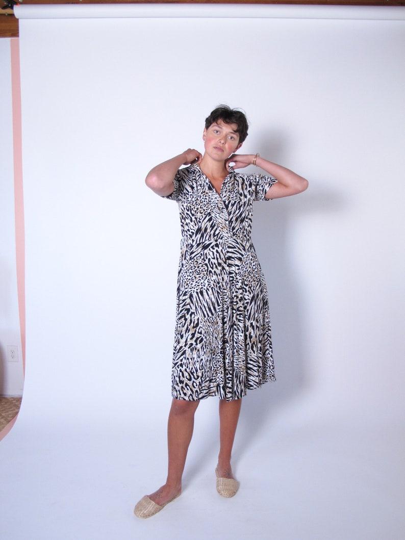 tiger dress vintage dresses,1990/'s vintage Rayon Tiger Print Dress animal print 1990/'s dress tiger dress summer dress light sun dress