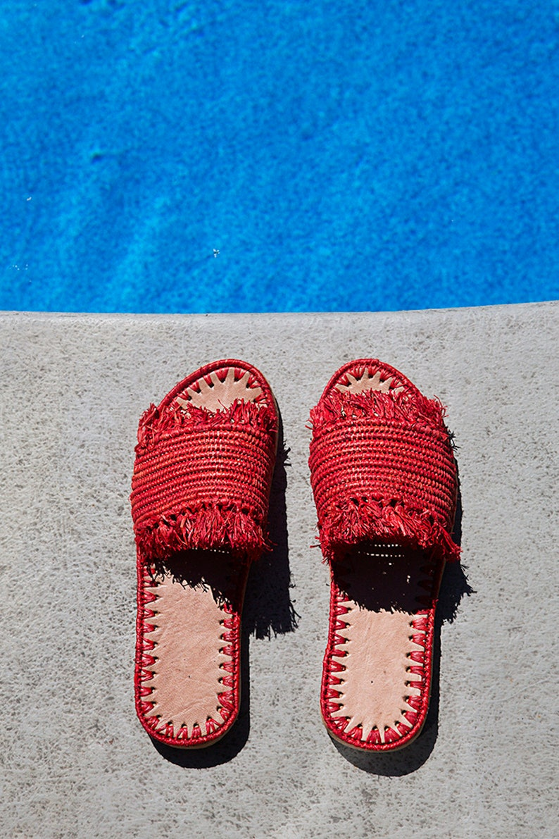 b82e915b72ecd0 Taille sandales raphia rouge 9 marocains chaussures | Etsy