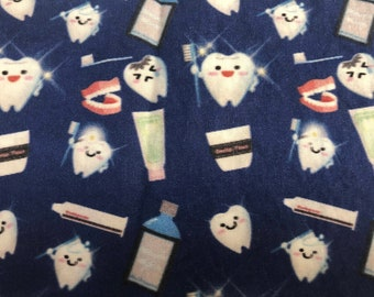 SCRUB CAP Dental Tooth Print with Side Buttons and Sewn-In Elastic, Cotton & Handmade