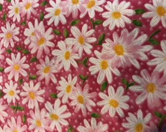SCRUB CAP Pink Daisies with Side Buttons and Sewn-In Elastic, Cotton & Handmade