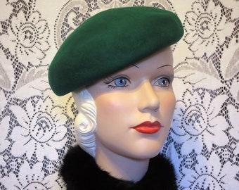 32554045411 Gorgeous Green Vintage 40 s 100% Wool Beret Tilt Hat
