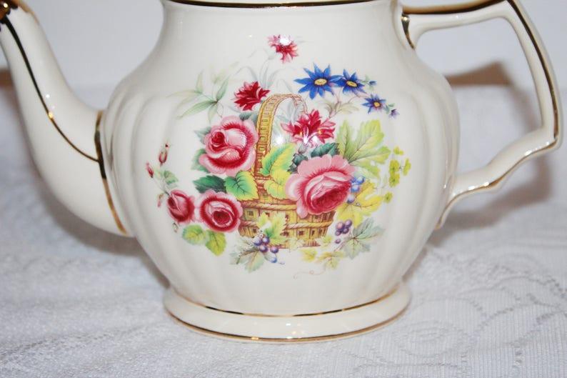 Creamer Jug /& Sugar Bowl Basket full of Flowers Pink Sadler Teapot Set Blue Yellow Basket of Flowers