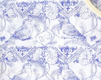 Midsummer birds quilting fabric 55*50 cm - Blue lines on white