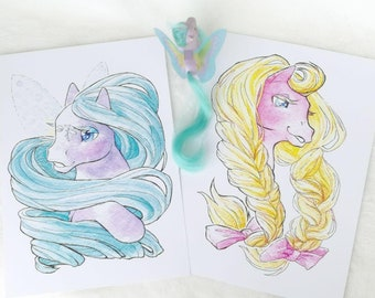 brush my hair -   doublesided Pony Artprint
