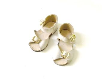 Vintage Baby Girl Cream Sandals