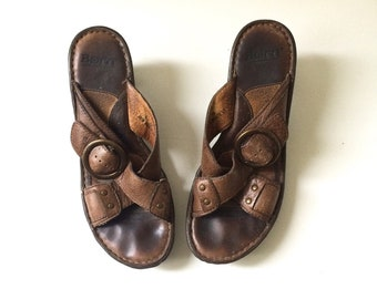 Women's Brown Leather Sandals - Size 8