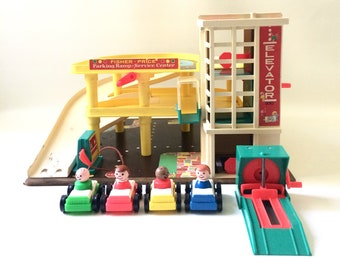 Vintage Fisher Price Garage with Set of 4 Cars and Little People