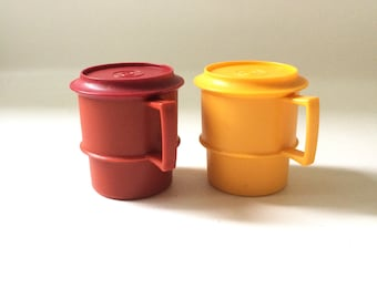 Vintage Tupperware Mugs / Set of 2