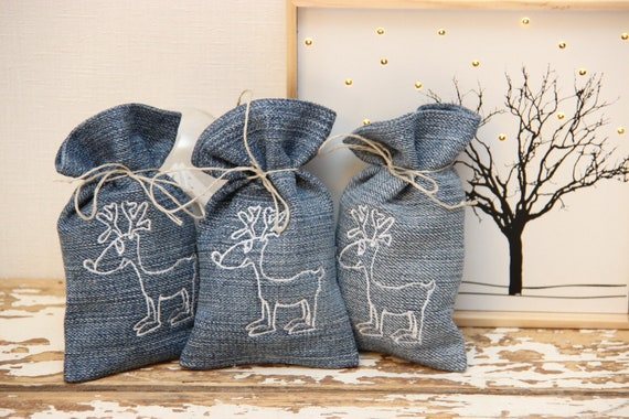 3 Small Reindeer Embroidery Gift Bags Christmas Bag Winter Ornament Christmas Goodie Bags Winter Party Decor Christmas Party Bags