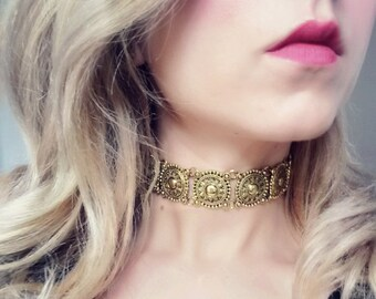 Choker antique gold Sahana | Oriental gypsy vintage necklace | Bohemian grunge gold necklace | Boho festival tribal crew neck