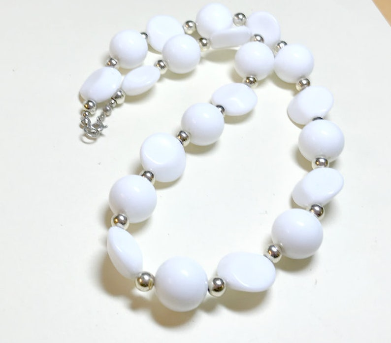 Vintage white plastic geometric bead necklace, 19 inches, white necklace,  geometric necklace, modern necklace, mixed bead shapes, 1980s