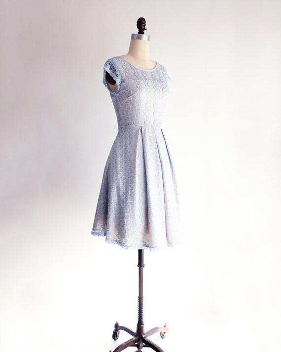 light cocktail bridesmaid serenity w blue inspired cocktail GOSSAMER sleeves dress dress Powder lace blue lace vintage dress pantone 1qxg7EwB7