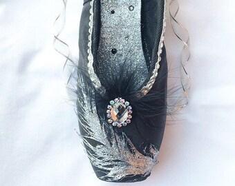 Black Swan Decorated Pointe Shoe, Odile Ballet Shoe, Swan Lake Dance Shoe, Recital Gift