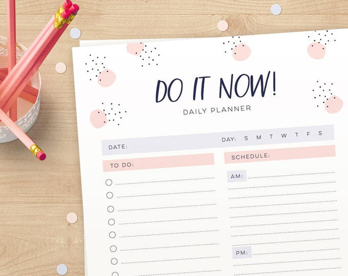 Cute to do list and schedule daily planner in A4 and US Letter in pink and purple // Instant download // pretty and cute stationery