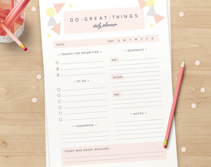 Printable Daily Planner A4 and US Letter cute and geometric in pink and yellow // Instant download // cute stationery Daily Organizer