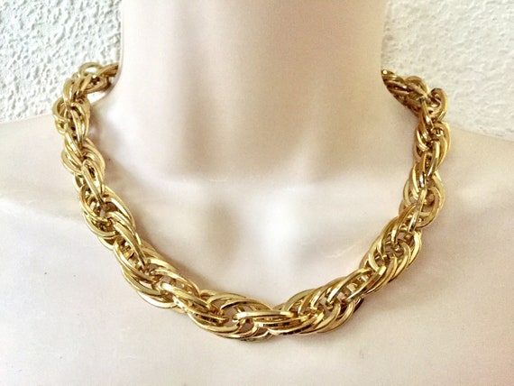 Vintage Modernist Chunky Gold Tone Textured Twisted Double Curb Link Necklace   Large Link  Dual Link 36
