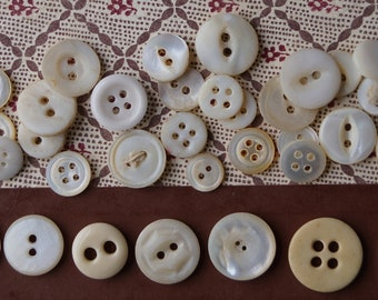 Shabby Whites Worn Vintage Button Lot // Altered Art Journal Jewelry Sewing Embellishment // Bone MOP Glass Buttons // Worn Old Beauties