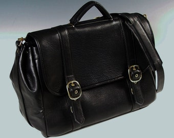 Wide Flap Briefcase - black