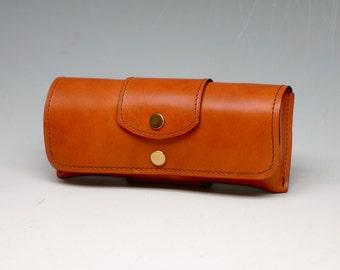 Hard leather eyeglass case - Light Brown