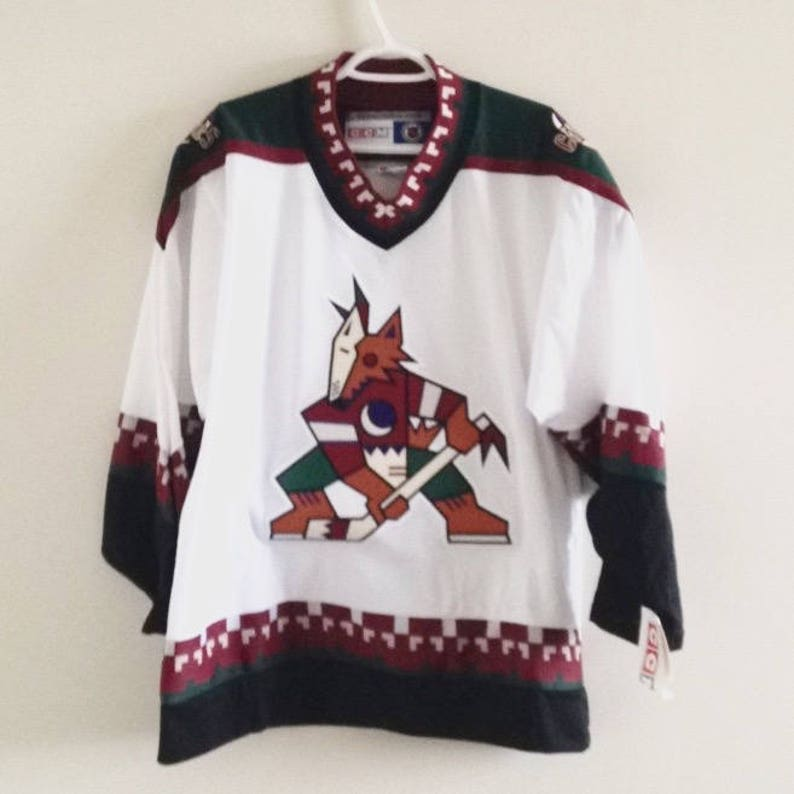 super popular 307c8 9a170 Deadstock Phoenix Coyotes Vintage CCM Hockey Jersey NWT