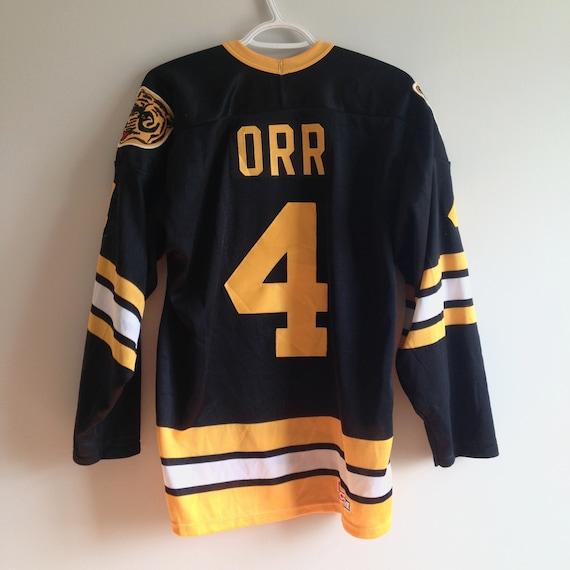 Number 4 Bobby Orr Boston Bruins Vintage CCM Maska Hockey  2b93dee3e