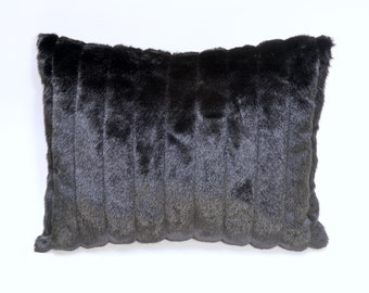 """BLONDE SHAG FAUX FUR PILLOW COVER  18/"""" X 18/""""  /""""BUY 1 GET 1 FREE/"""""""