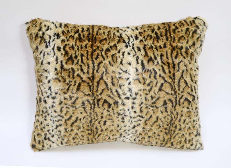 078369e3ff Leopard Faux Fur Pillow Sham 24