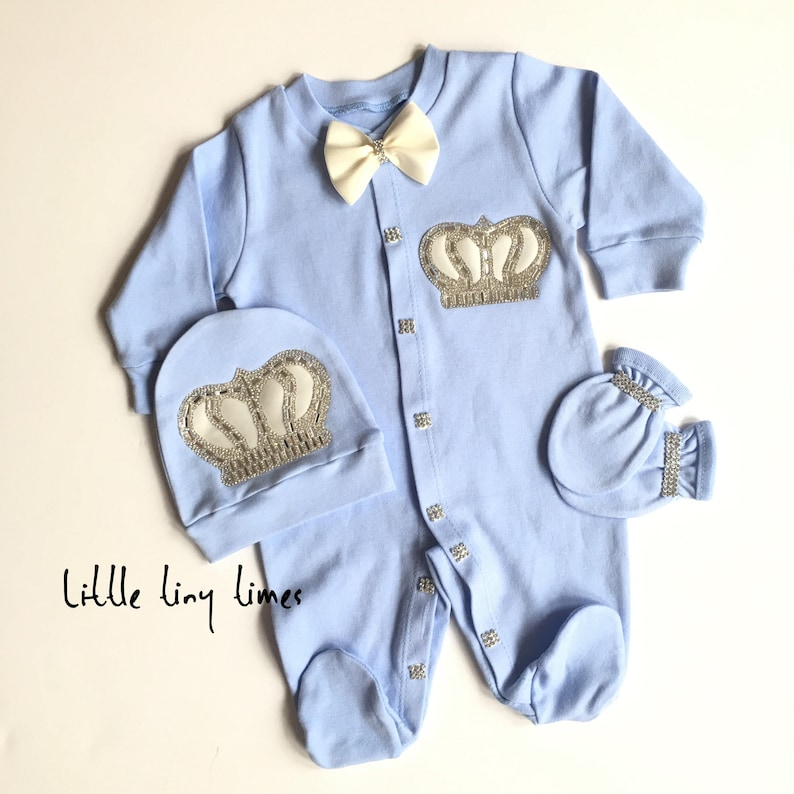 82a3d186f81a Newborn boy coming home outfit Royal prince baby shower Baby