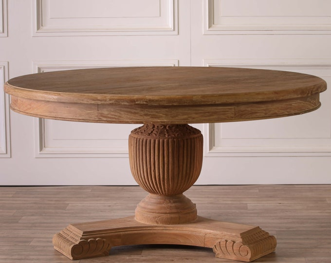 Beautiful Rustic 150 cm Round Pedestal Dining Table in White Cedar Wood
