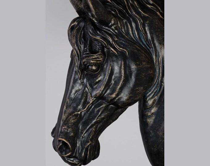 Beautiful Horse's Head Wall Sculpture
