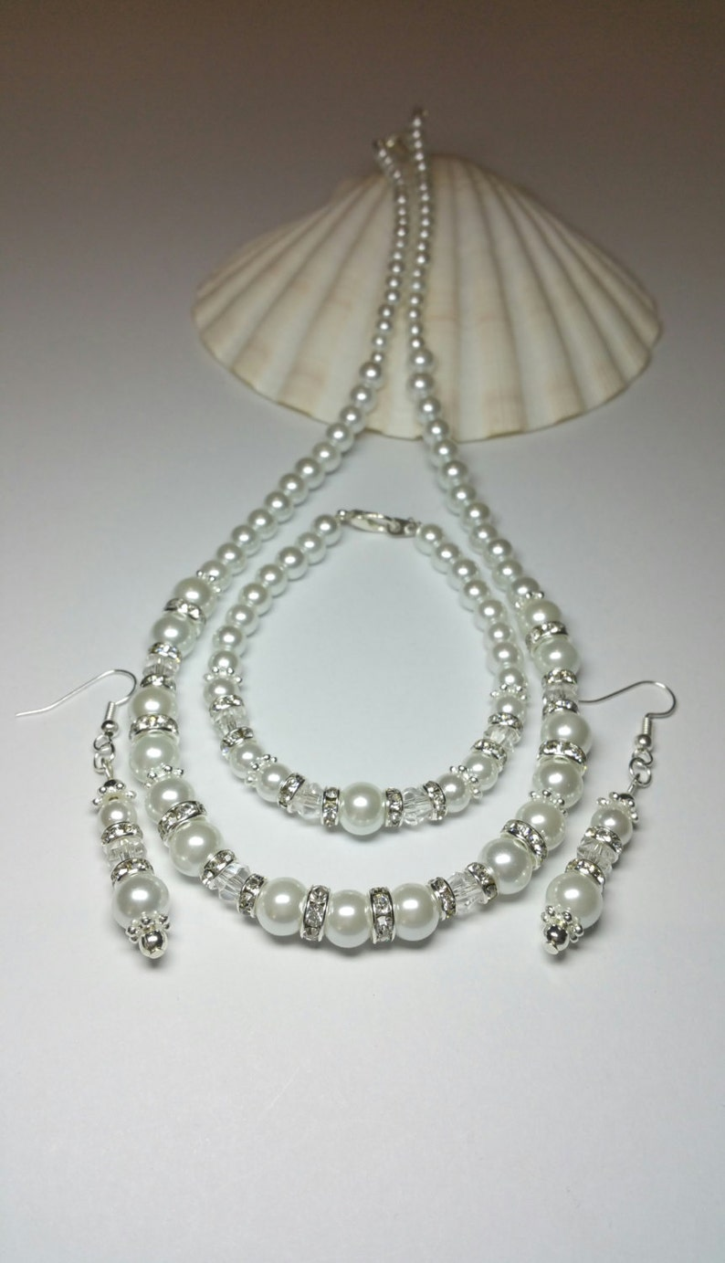 Under 70 Gift for Bride White Pearl Beaded Jewellery Set Silver Costume Jewellery Wedding Jewellery Necklace Bracelet Earrings Set