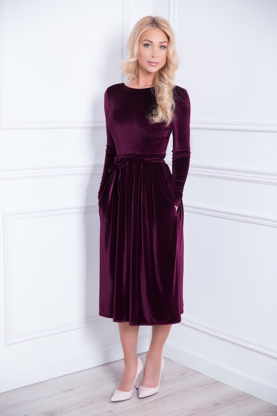 07f8f0afbf1a Dark Purple Velvet Midi Dress Long Sleeves Pockets