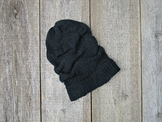 4ed1193d65dd4 Knitted black hat Knitted black cap Mens black hat Womens