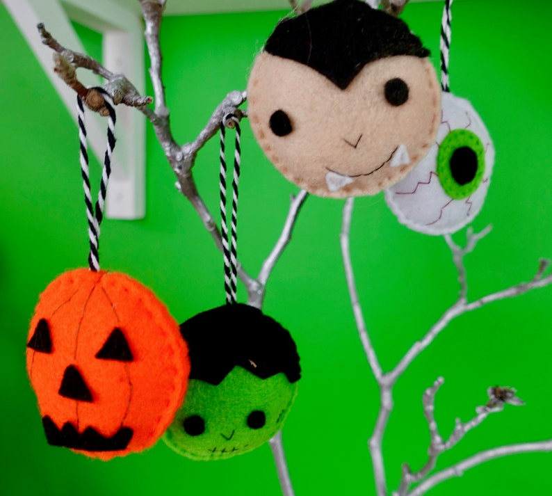 Halloween monster hanging decorations. image 0