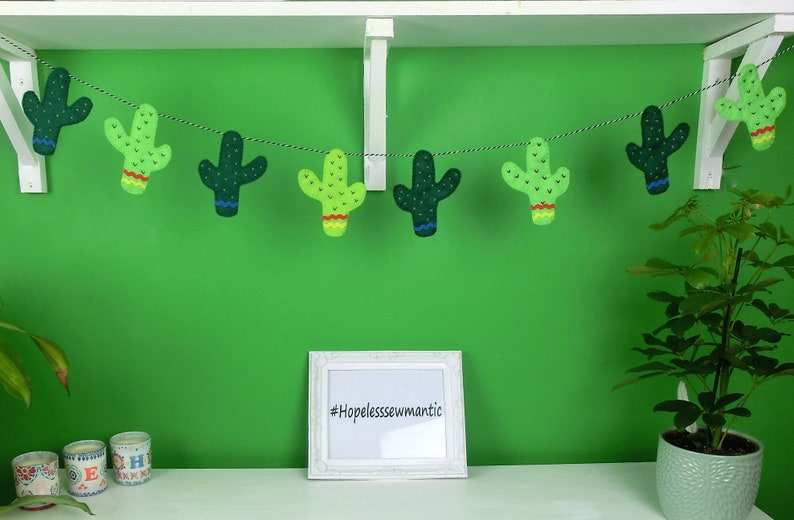 Cactus felt party bunting banner garland. image 0