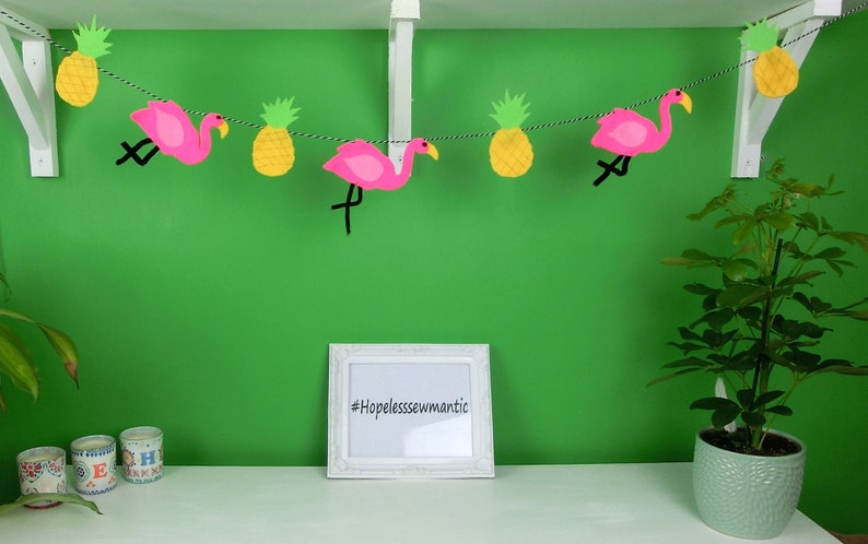 flamingo party bunting with pineapples. image 0