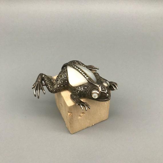 Vintage Frog Brooch Sterling Silver Mother of Pear