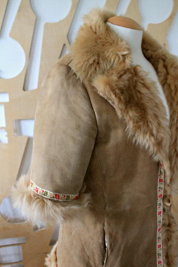 Cappotto in pelle di pecora Shearling cappotto Giacca sheepskin Giacca Suede Giacca Shearling giacca Ethnic Folk Boho Festival Hipede vestpelliccia