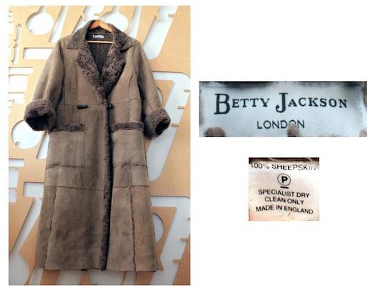 Sheepskin coat Long coat Shearling coat Fur coat W