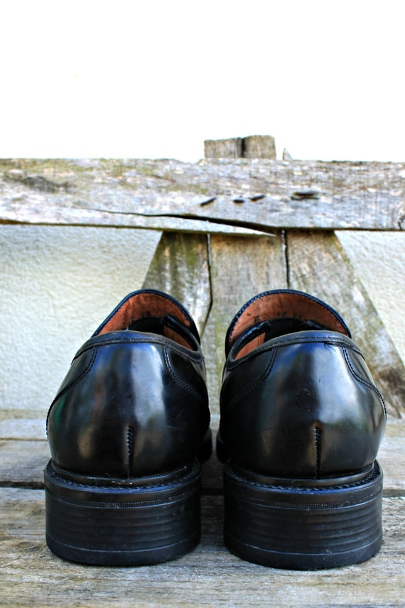 Leather shoes Black shoes Wedding shoes 90s shoes Leather loafers Black loafers Leather slip on Black slip ons Size 41 Office shoes Best man