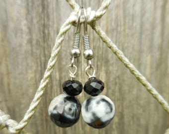 Black and White Faceted Glass Beaded Dangle Earrings