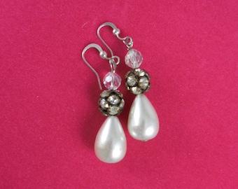Vintage Wedding Bridal  Rhinestone Pearl Dangle Earrings