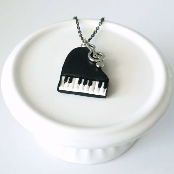 Necklace Piano black and White in Polymer clay