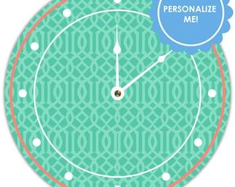 Clock in Trellis pattern